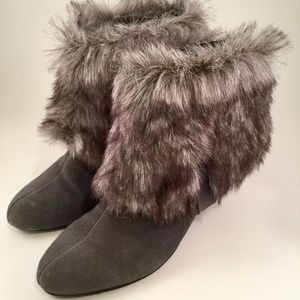 IMAN Suede Leather Ankle Boots With Snap on Fur 8M